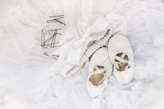 Παπούτσια μπαλέτου, φούστα, hairpins Στοκ φωτογραφία με δικαίωμα ελεύθερης χρήσης