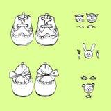 Παπούτσια μωρών για το μικρό παιδί και το κορίτσι Συρμένο χέρι σύνολο για την κάρτα ντους διανυσματική απεικόνιση