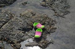 Παπούτσια στην παραλία Στοκ Φωτογραφίες