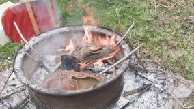 Παπούτσια στην πυρκαγιά φιλμ μικρού μήκους
