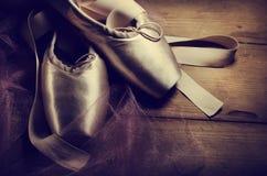 Παπούτσια Pointe Στοκ εικόνα με δικαίωμα ελεύθερης χρήσης