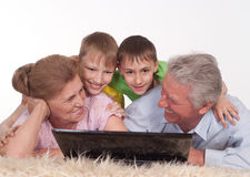Παππούδες και γιαγιάδες και εγγονοί Στοκ Φωτογραφία