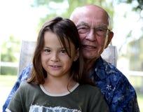 παππούς εγγονιών στοκ φωτογραφία με δικαίωμα ελεύθερης χρήσης