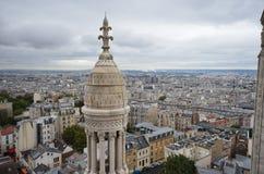 Παράβλεψη του Παρισιού μια νεφελώδη ημέρα Στοκ Εικόνες