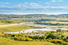 παράβλεψη του τοπίου φθινοπώρου ποταμών Nuanhe στοκ εικόνες με δικαίωμα ελεύθερης χρήσης