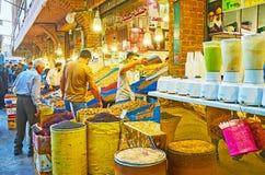 Παράδεισος Gourmets ` στην Τεχεράνη μεγάλο Bazaar Στοκ Φωτογραφία