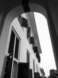 Παράθυρα σε ένα κτήριο Στοκ εικόνα με δικαίωμα ελεύθερης χρήσης