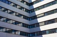 Παράθυρα στη διαγώνιος Στοκ εικόνες με δικαίωμα ελεύθερης χρήσης