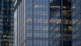 Παράθυρα στους ουρανοξύστες της πόλης της Μόσχας Στοκ Εικόνες