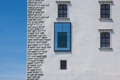 Παράθυρα της Μπρατισλάβα Castle Στοκ φωτογραφία με δικαίωμα ελεύθερης χρήσης