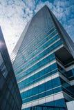 Παράθυρα του επιχειρησιακού γραφείου ουρανοξυστών, εταιρικό κτήριο Στοκ Εικόνες