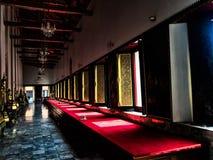 Παράθυρα τρόπου ζωής της εσωτερικής φωτογραφίας Ταϊλάνδη τέχνης σχεδίου ναών ελευθερίας θρησκείας Στοκ Φωτογραφία