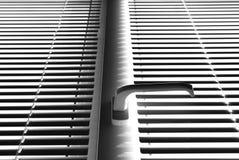 παράθυρο γριλληών παραθύρ Στοκ φωτογραφίες με δικαίωμα ελεύθερης χρήσης