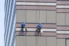 παράθυρο δύο πλυντηρίων Στοκ φωτογραφία με δικαίωμα ελεύθερης χρήσης