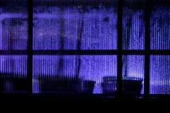Παράθυρο θερμοκηπίων στο σκοτάδι Στοκ εικόνες με δικαίωμα ελεύθερης χρήσης