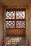 Παράθυρο δικτυωτού πλέγματος διακοσμήσεων στην Ινδία Στοκ Εικόνα