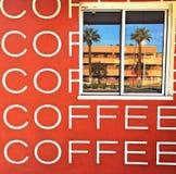 Παράθυρο καφέ στοκ εικόνα με δικαίωμα ελεύθερης χρήσης