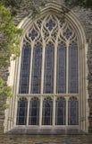 παράθυρο παρεκκλησιών Στοκ φωτογραφία με δικαίωμα ελεύθερης χρήσης