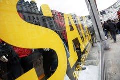 παράθυρο σημαδιών καταστημάτων πώλησης Στοκ Εικόνες