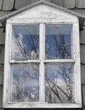 Παράθυρο στον παλαιό ανεμόμυλο στοκ εικόνα με δικαίωμα ελεύθερης χρήσης
