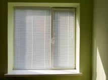 παράθυρο τυφλών στοκ φωτογραφίες