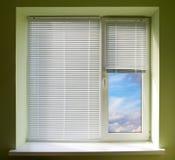 παράθυρο τυφλών Στοκ φωτογραφία με δικαίωμα ελεύθερης χρήσης