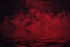 Παράκτια ομίχλη Κόκκινος καπνός στην ακτή Αντανάκλαση ύδατος απεικόνιση αποθεμάτων