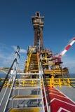 Παράκτια πλατφόρμα πετρελαίου και εγκαταστάσεων γεώτρησης Στοκ εικόνες με δικαίωμα ελεύθερης χρήσης