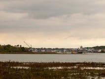 Παράκτια overcas τοπίων ρευμάτων του χωριού θαλάσσια ποταμών Wivenhoe στοκ φωτογραφίες με δικαίωμα ελεύθερης χρήσης