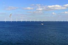 Παράκτιο αιολικό πάρκο στη θάλασσα της Βαλτικής Στοκ φωτογραφίες με δικαίωμα ελεύθερης χρήσης