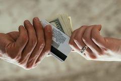 Παράνομη απόσυρση χρημάτων απάτης λογιστικής χρηματοδότησης στοκ εικόνες