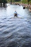 Παράδοση της αξίας στο νερό Στοκ φωτογραφία με δικαίωμα ελεύθερης χρήσης
