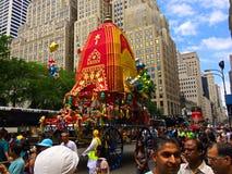Παρέλαση Krishna λαγών στη Πέμπτη Λεωφόρος NYC στοκ εικόνες