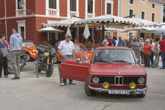 Παρέλαση των εκλεκτής ποιότητας αυτοκινήτων σε Novigrad, Κροατία Στοκ φωτογραφία με δικαίωμα ελεύθερης χρήσης