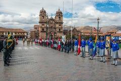 Παρέλαση Plaza de Armas Cuzco Περού στρατού Στοκ Εικόνες
