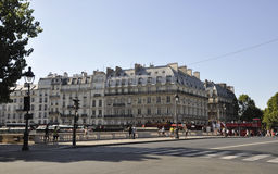 Παρίσι, 15.2013 Αυγούστου κτήρια στοκ φωτογραφία με δικαίωμα ελεύθερης χρήσης