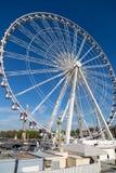 Παρίσι, Γαλλία, στις 27 Μαρτίου 2017: Ρόδα Roue de Παρίσι Ferris Place de Λα Concorde ημέρα ηλιόλουστη Ταξίδι στα διάσημα ορόσημα Στοκ Φωτογραφίες