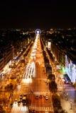 Παρίσι, Γαλλία - το Νοέμβριο του 2017: Εναέρια άποψη του διάσημου Champs Elysees από την κορυφή Arc de Triomphe τη νύχτα Στοκ φωτογραφίες με δικαίωμα ελεύθερης χρήσης