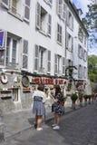 Παρίσι, στις 17 Ιουλίου: Άποψη οδών από Montmartre στο Παρίσι Στοκ φωτογραφία με δικαίωμα ελεύθερης χρήσης