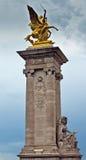 Παρίσι - στυλοβάτης του Alexandre ΙΙΙ γέφυρα Στοκ Εικόνες