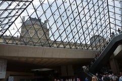 Παρίσι - το μουσείο του Λούβρου Στοκ εικόνα με δικαίωμα ελεύθερης χρήσης