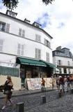 Παρίσι, 19.2013-Montmartre οδός Αυγούστου στο Παρίσι Στοκ Φωτογραφία