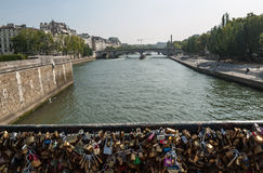 Παρίσι - Pont de l'Archeveche Στοκ Φωτογραφία
