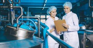 Παραγωγή εργοστασίων γάλακτος Στοκ Εικόνα