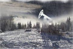 Παραγωγή πετρελαίου το χειμώνα στο υποστήριγμα Synechka Στοκ εικόνες με δικαίωμα ελεύθερης χρήσης