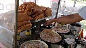 Παραγωγή της τηγανίτας ή του apam balik Στοκ εικόνα με δικαίωμα ελεύθερης χρήσης