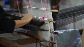 Παραγωγή του θρυλικών ασιατικών μεταξιού και του βαμβακιού απόθεμα βίντεο