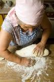 παραγωγή των ζυμαρικών Στοκ Εικόνες