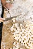 παραγωγή των ζυμαρικών Στοκ Εικόνα