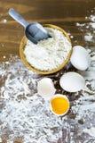 παραγωγή των ζυμαρικών Στοκ Φωτογραφία